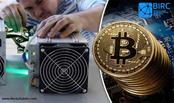 استخراج بیت کوین  (bitcoin mining)
